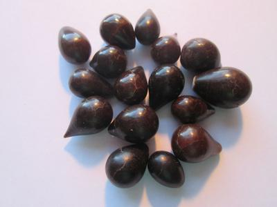 16 Dark Colored Drop Shaped Pen Pearls 135.55 carats