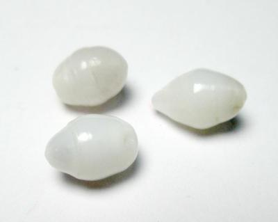 3 Clam Pearls Set 7 carats Total