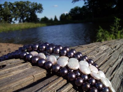 Black and white pearls anderwood pond