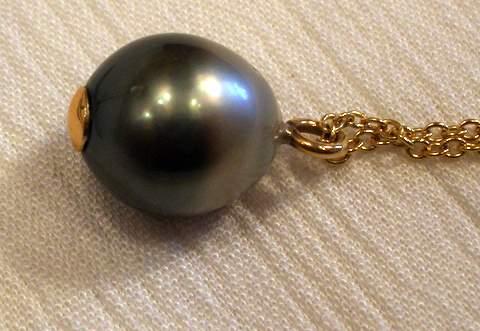 Black Tahitian Pearls Pendant