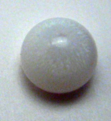 0.85 carat clam pearl
