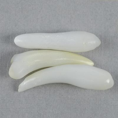 Clam Pearl Spike Trio 12+carats Total 21-23mm