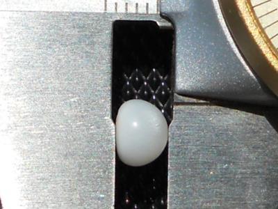 1.60 carat clam pearl