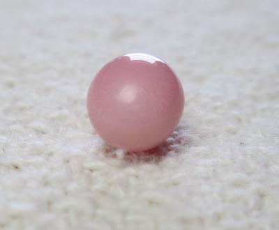 Conch Pearl Pastel Pink 3.55 carats Oval with Flame