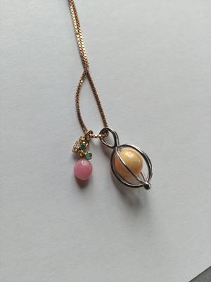 Double conch pearl necklace