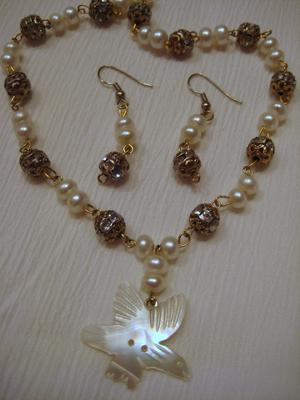 Eagle with Pearls & Sparkle