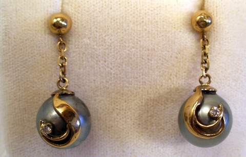 Earrings Black Tahitian Pearl