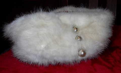 Fur Hat Pearls