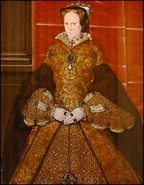 La Peregrina worn my Queen Mary