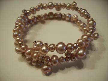 Lavender Pearl Dangle Bracelet