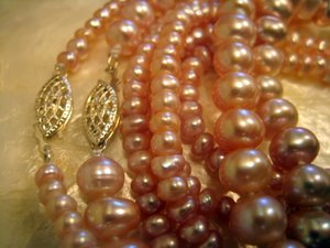 Lavender Pearl Clasps
