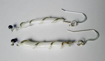 Long Drop Earrings Clam pearls 46mm