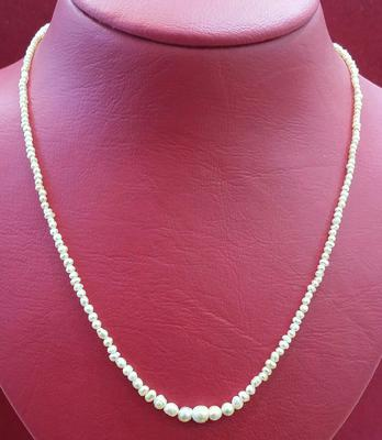 Natural Basra Graduated Pearls Necklace