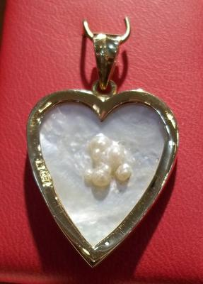 Natural Blister Pearls Shell Heart Shaped Pendant