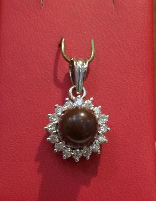 Natural Dark Brown Pearl with Diamonds