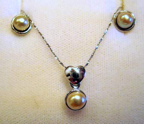 Natural Oriental Pearl Jewelry Set