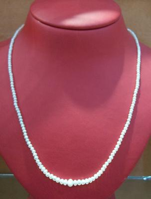 Natural Perisan Gulf  Basra Pearl Necklace