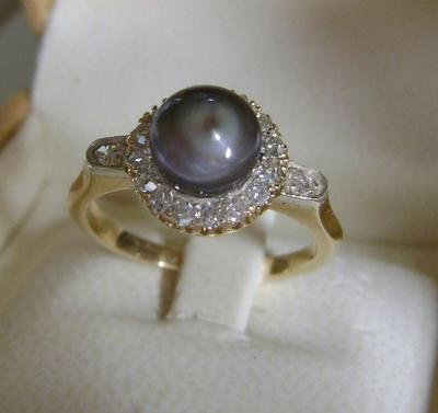Natural Saltwater Gray Pearl and Diamond Ring
