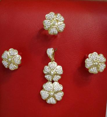 Natural Seed Pearls Pendant Set Double Flower Style