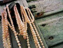 Handling Pearls