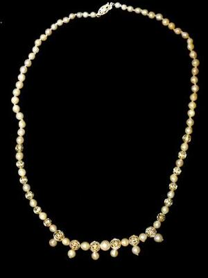 Kathy's Scottish Pearl Necklace