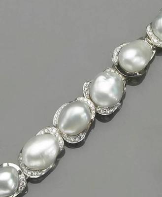Keshi & Diamond Bracelet Sold at Bonham's Auction