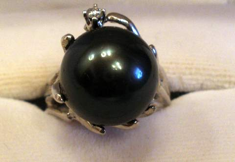 Tahitian Black Pearl Rings