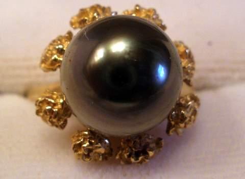 tahitian-pearl-wedding-rings