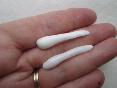 Two Long Natural Clam Pearls with Flame 36+mm for Sale
