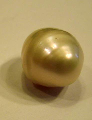 10.65 carat USA natural freshwater pearl