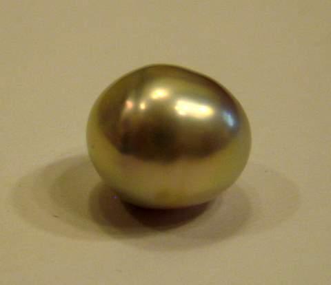 USA freshwater pearl 6 carats