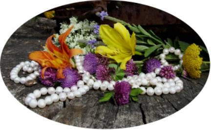 baroque white pearls and flowers