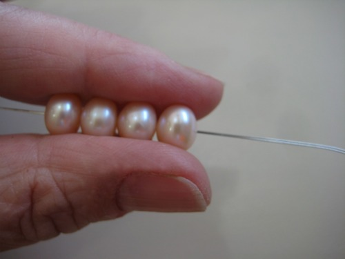 how to knot pearls