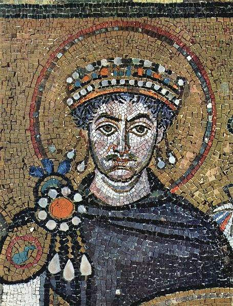 Justinian_in_pearls