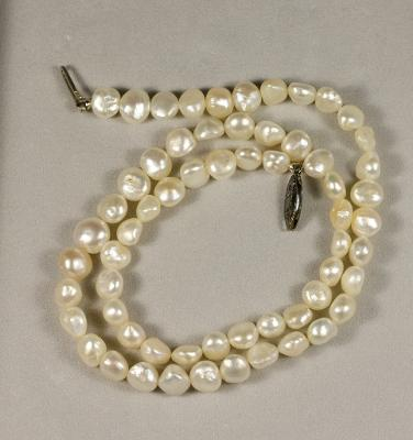An Old Pearl Necklace - Persian Gulf Pearls?