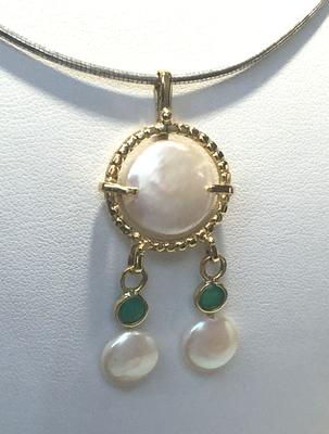 Replica of ancient pearl jewelry found in City of David