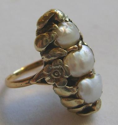 Antique 14K Gold Arts & Crafts Natural Freshwater Pearl Ring