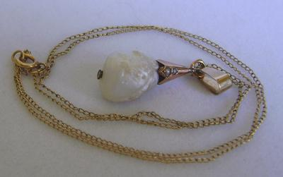 Antique Edwardian CERTIFIED Natural Mississippi Freshwater Pearl Pendant