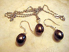 Black Pearl Drop Set