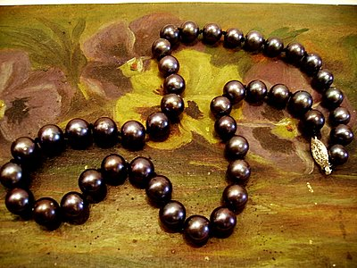 Black pearls with pansy oil painting