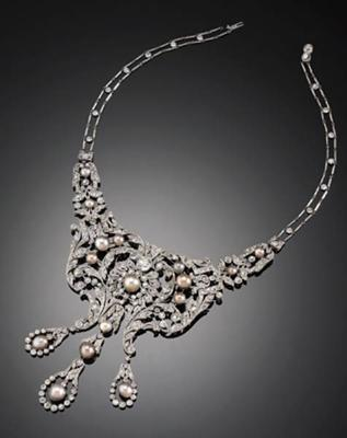 Dreicer & Co Natural Pearl Necklace