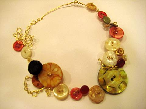 Earth kissed green rose pearl button necklace