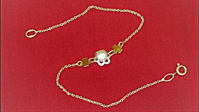 Natural Basra Pearl Bracelet on 18k Gold