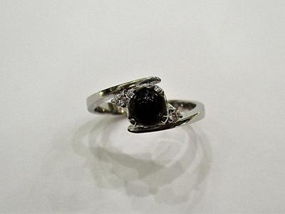 Natural Dark Brown Pearl Ring on 18k White Gold