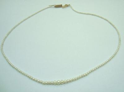 Natural pearl necklace 25.35 carats total