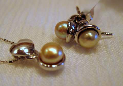 Natural Pearl Jewelry Set