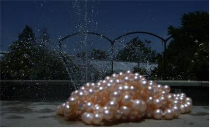 pearls by fountain