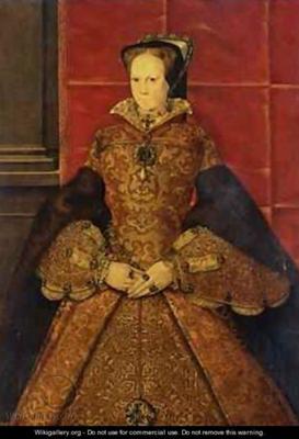 Queen Mary wearing La Peregrina